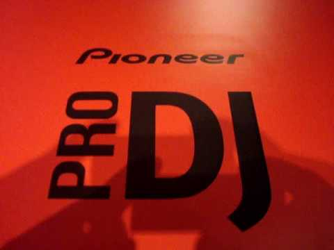 JS present Pioneer 400 RED PACK