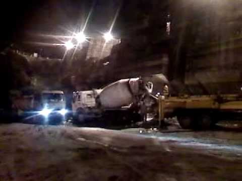 Concreting By Boom Placer At Night.3gp video