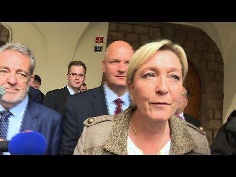 Micro-parti: Marine Le Pen dit ne rien avoir à se reprocher
