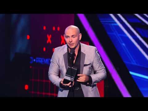 Pitbull  Artista Urbano 2015 Premios Juventud