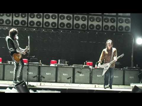 KISSONLINE EXCLUSIVE: Soundcheck footage of