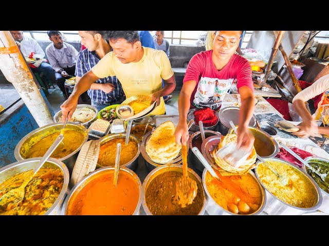 INDIAN STREET FOOD of YOUR DREAMS in Kolkata, India  ENTER CURRY HEAVEN  BEST STREET FOOD in India