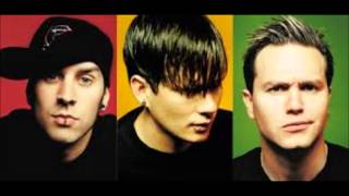 Watch Blink182 Everytime I Look For You video