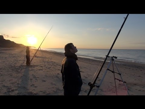Beach Fishing In Search Of Smooth Hounds - Part One