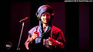 Watch Atif Aslam Rona Chadita video