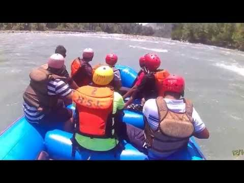 River rafting on the banks of Beas