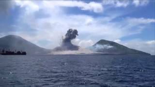 Real UFO Attack Caught on Camera Over New Guinea | UFO Sightings 2015 | Real UFO Footage