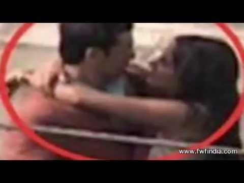 Katrina Kaif & Ranbir Kapoor Kissing Scandal - Leaked video