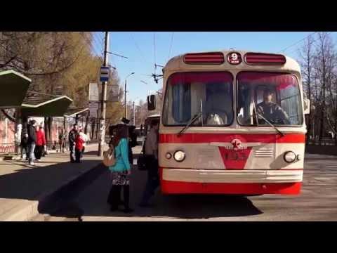 Троллейбус ЗИУ-5 в Кирове 2013.05.09 08:15:56 // ZIU-5 trolleybus Kirov