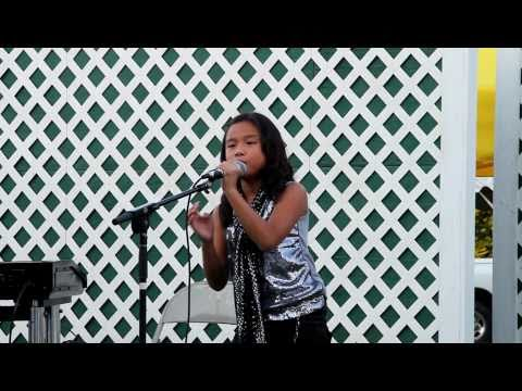 I Don't Want To Miss A Thing (aerosmith   Steven Tyler) 8 Year Old Dominique Live Cover - 2011 video