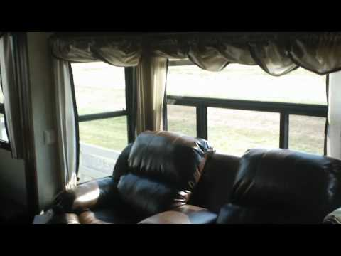 2013 Columbus 325RL | Palomino | Forest River | Luxury Fifth Wheel | Mid America RV | Carthage, MO