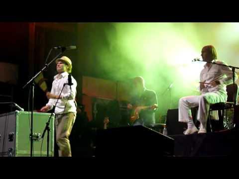 Carlos Nuñez&Dan Ar Braz, Festival du chant de marin