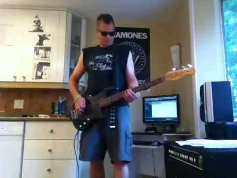The Ramones -  R.I.P.  Tommy Ramone - What's Your Game bass cover