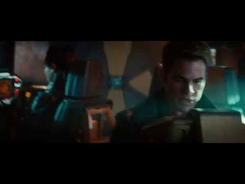 Poursuite en territoire ennemie, extrait de Star Trek Into Darkness (2013)