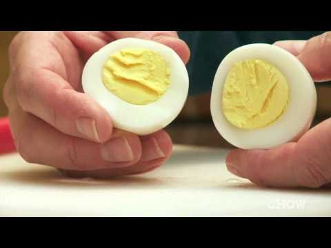 How to Make the Perfect Hard Boiled Egg - CHOW Tip