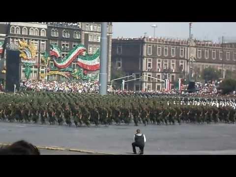 Banda de Guerra Monumental del Ejercito Mexicano 7