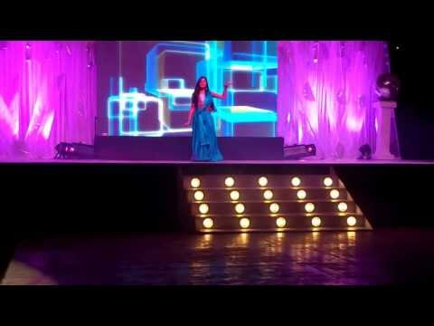 Bollywood Dance Medley: bole chudiyan ghagra and desi girl