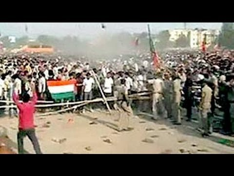 Chaos at Narendra Modi rally in Gaya, shoes thrown at cops