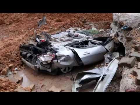 İstinat Duvarı Çöktü, Araçlar Toprak Altında Kaldı