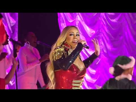 Mariah Carey - ALL I WANT FOR CHRISTMAS - Paris FRANCE - 7 décembre 2018