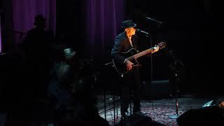 Watch Leonard Cohen Suzanne video
