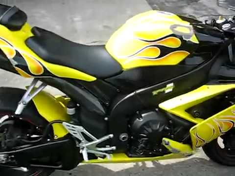 Xe moto phan khoi lon 2007 YAMAHA R1 CARBON FIBER TWO BROTHERS EXHAUST test top speed max mph