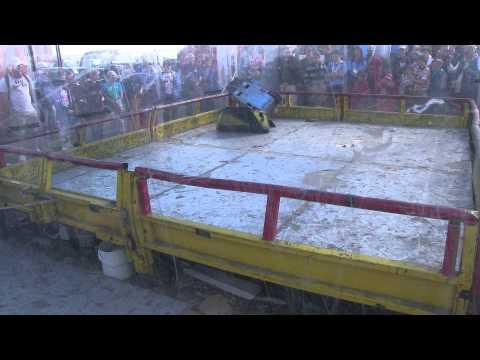 Robot Wars Santa Pod – Ripper vs Meggamouse