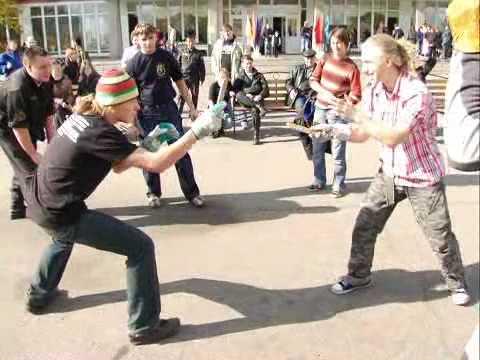 Еврей (*) VS Артемис  sibknife.ru