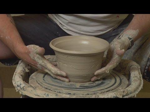 How to make pottery in Dagestan-Russia ? (Cum se face olaritul in Daghestan-Rusia ?)
