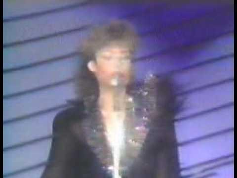 Angela Similea – Sala Radio, februarie 1990 – Cantec popular (live)