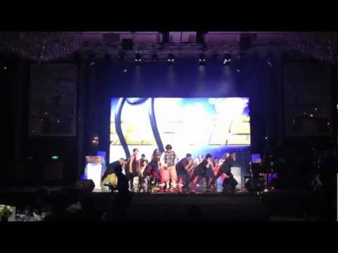 17th Asian Television Award - PSY Gangnam Style Performance by Yaya Papaya