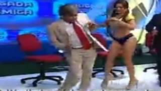 Lucecita Ceballos y su sensual forma de bailar el Ras Tas Tas