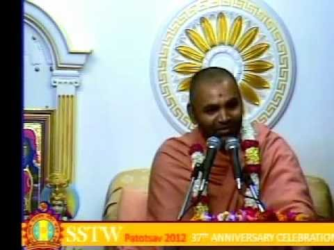 Willesden Temple 37th Patotsav 2012 - Day 2 - Morning Katha