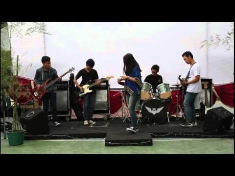 clip'On - Happy Failed Anniversary (IBN)