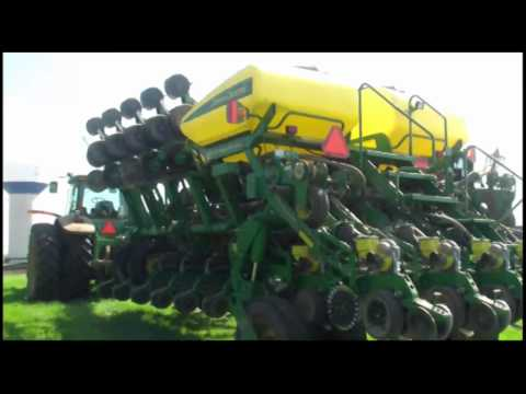 On the Farm - Larry Blaney, Blaney Grain Farms Videos