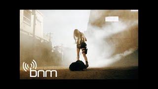 Papa Roach - Falling Apart (Official Video)