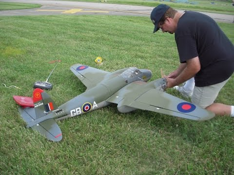 De Havilland Mosquito RC Model 2014 Flying Circus