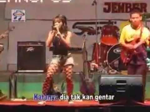 BERDIRI BULU ROMAKU  hot live show koplo Ratna Antika  cipt. benny ashar