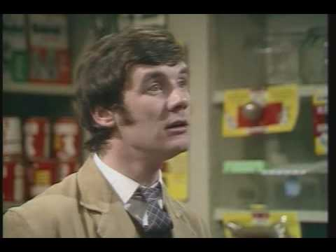 Monty Python- Dead Parrot Sketch FULL Video