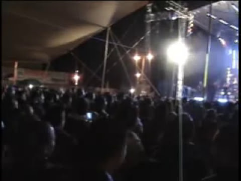 SUPER LAMAS y JUNIORS KLAN en vivo -menea menea.mp4