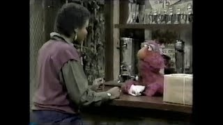 Classic Sesame Street - Telly Helps at Hooper's