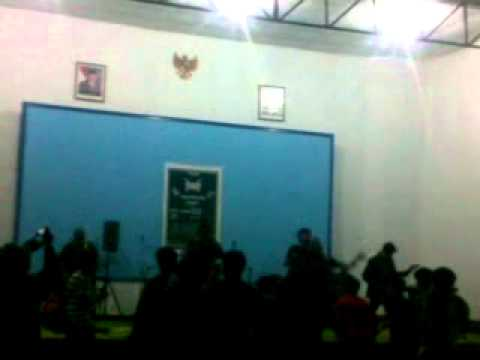 A LOST DRAGONFLY ( capung kesasar ) live 2012 @sychoshop