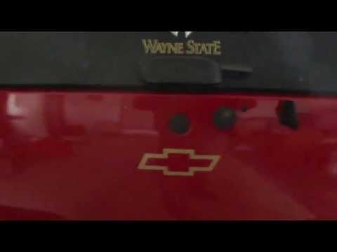 2001 Chevy Blazer / GMC Jimmy lift gate repair Part 1
