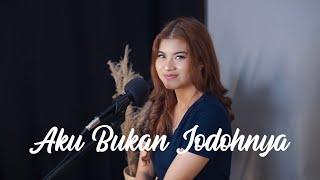 Download lagu AKU BUKAN JODOHNYA - TRI SUAKA | Cover by Nabila Maharani
