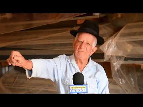Hombre de 99 años fabrica ataúdes para los mas necesitados.