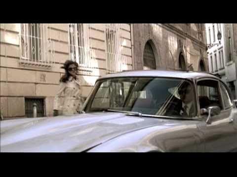 Selena Gomez - Round & Round