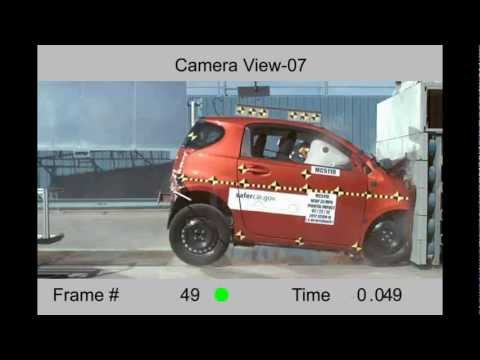 Toyota Scion iQ | 2012 | Frontal Crash Test | Hi Speed Cam | CrashNet1