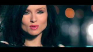 Клип Sophie Ellis-Bextor - Can't Fight This Feeling ft. Junior Caldera
