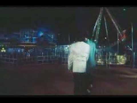 Main Khiladi Tu Anari - Saif & Akshay - Fight Ii video