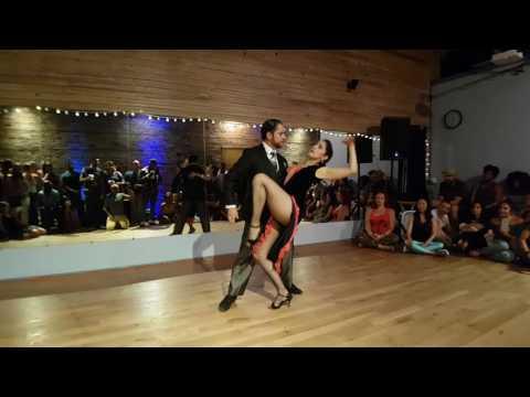 Afro Soriee - Carlos y Maureen Tango